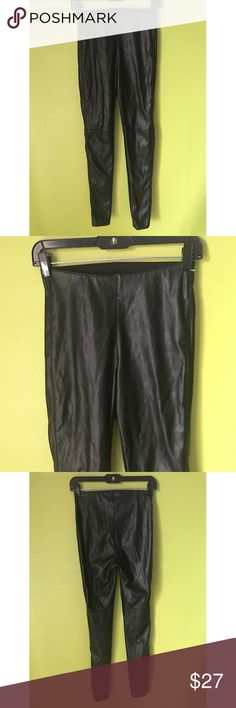 """H&M Divided Slim Fit Faux Leather Leggings 6 B418  Leggings  Waist - 25"""" Rise - 10"""" Inseam - 31""""  H&M Divided Slim Fit Synthetic Faux Leather Womens Black Pants Leggings Size 6  Free shipping on orders over $75 H&M Divided Pants Leggings"""