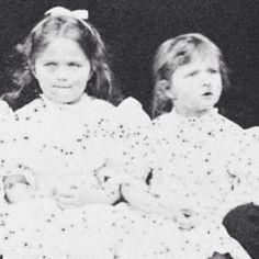 Grand Duchess Olga Nikolaevna & Grand Duchess Tatiana Nikolaevna 1899