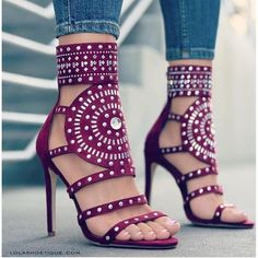 High Heel Boots, Shoe Boots, Shoes Heels, Heels Outfits, Footwear Shoes, Dress Shoes, Ankle Strap Shoes, Open Toe Sandals, Wedge Sandals Outfit
