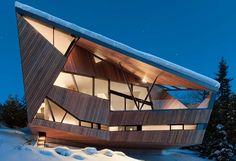 Sculptural chalet contemporain dans les montagnes de Whistler Valley, Canada, Hadaway house par Patkau architects - Whistler valley, Canada #construiretendance