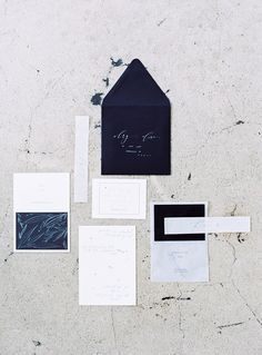 Minimal and modern invitation suite.