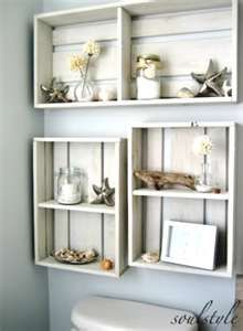 Beach shelves made from painted crates, above toilet @Heather Creswell Creswell Whitman Robertson
