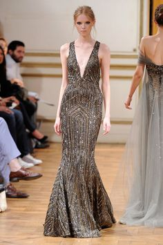 Image from http://1.bp.blogspot.com/-4TQUonRlabk/UdmGPE3pSPI/AAAAAAAAerw/rNcDih4qDDk/s1600/Colectia-Zuhair-Murad-Haute-Couture-Toamna-2013-5.jpg.