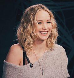 Jennifer Lawrence Photos, Jenifer Lawrence, Jennifer Lawrence Instagram, The Hunger Games, Katniss Everdeen, Dior, Celebs, Celebrities, Role Models