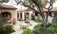Tuscan style patio/courtyard with fountain. Spanish Style Homes, Spanish House, Spanish Colonial, Spanish Revival, Spanish Hacienda Homes, Spanish Haciendas, Home Design, House Design Photos, Design Ideas