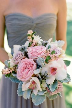 Fresh Spring Wedding Bouquets ❤ See more: http://www.weddingforward.com/spring-wedding-bouquets/ #weddingforward #bride #bridal #wedding