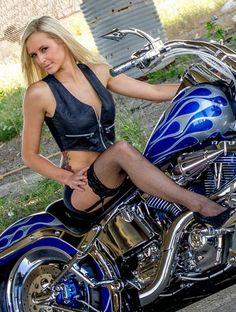 Harley Davidson (Harley Girls) Biker Babe , Motorcycle love , Harley Davidson , Harley Girls ,Local Single Bikers , Local Event...search more at http://www.bikerdatingonline.net