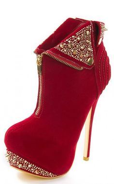 Adorable booties! This would be a great way to spice up an outfit. The detailing is lovely, but not too overdone!