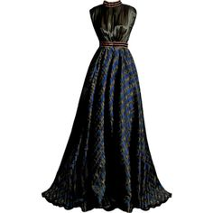 IMAGEM DE FUNDO found on Polyvore featuring polyvore, women's fashion, clothing, dresses, gowns, vestidos, couture evening gowns, couture gowns and couture dresses