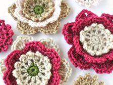 10 Adorable Free Crochet Flower Patterns - The Cottage Market Picot Crochet, Knit Or Crochet, Crochet Motif, Crochet Crafts, Yarn Crafts, Crochet Projects, Crochet Stitch, Crochet Appliques, Flower Motif