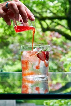 Strawberry Limeade, Blueberry Lemonade, Strawberry Patch, Cocktail And Mocktail, Cocktails, Drinks, Beverages, Shrub Recipe, Drinking Vinegar