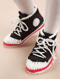 Name:  112575414_big-foot-boutique-slippers-crochet-patterns-boots-mary-.jpg Views: 71962 Size:  9.6 KB