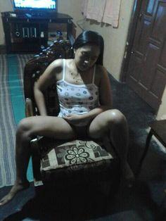 Foto ibu bugil ngentot sama ayah di kamar mandi - Pasutri yang lagi dimabuk asmara ini getol banget ngentotnya, gak cukup di ranjang, sambil mandi juga bisa nih, gak ada hambatan sama sekali. mungkin lagi sange atau masih tersisa tenaga yang tadi keluar dipake ngentot istri nya gi ranjang, sodok juga nih di kamar mandi.?  Ibu Indonesia Facebook Teman 500.000.000 Teman Yang Sama.....  Ibu Indonesia Facebook: ARIFFARCHIP@YAHOO.COM