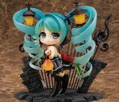 Miku Nendoroid figurine