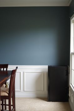 Glidden French Gray - possible Hoosier color - life as a Losey: Blank Slate Glidden Paint Colors, Blue Gray Paint Colors, Grey Paint, Blue Painted Walls, Painted Slate, Grey Walls, House Paint Interior, Gray Interior, Interior Decorating