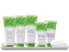 Vuoi saperne di più dei prodotti di cosmesi all'Aloe Vera, chiedi al tuo consulente del benessere distributore indipendente Herbalife, info@benessereancona.com o www.benessereancona.com o 333-7024719