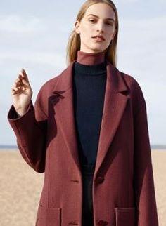 COS FW2016. #fashion #burgundy #coat