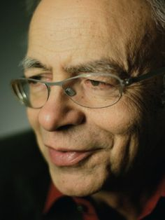 Moral philosopher Peter Singer, whose inspiring words give hope that the world can get better! Important People, Why People, Stephen Lewis, World Poverty, Vegan Books, Western Philosophy, Give Hope, Why Vegan, Look At You