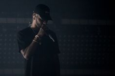 A Bryson Tiller concert earlier in February had fans getting in touch with their emotions. Bryson Tiller Type Beat, Rapper, Husband, App Covers, Singer, Pure Products, Headers, Hot Chocolate, Goat