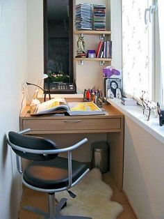 как сделать рабочий кабинет на балконе. 20 фото