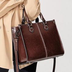 Crossbody Shoulder Bag, Leather Shoulder Bag, Leather Bag, Shoulder Bags, Crossbody Bags, Handbag Patterns, Purse Styles, Office Ladies, Cross Body Handbags