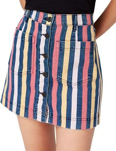 Which happens to be a mini skirts attached in a calm approach utilizing a relaxed top. Skirt Outfits, New Outfits, Dress Skirt, Cute Outfits, Fashion Outfits, Stylish Outfits, Short Skirts, Mini Skirts, Mother Denim