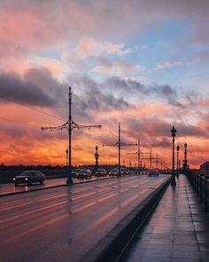 закат над Троицким мостом.    Автор фото: Михаил Зефиров (Zefirovm).