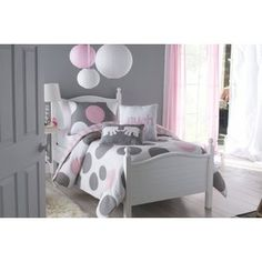 I love this...2 sets on a white bunk bed with gray walls with a pink accent.