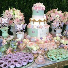 Festa Borboletas Baby Girl Birthday Theme, Butterfly Birthday Party, Fairy Birthday Party, 2nd Birthday Parties, Festa Party, First Birthdays, Confetti, Valentino, Alice