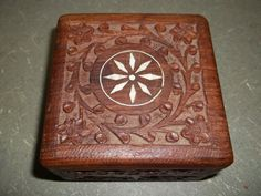 Gorgeous Hand Carved Sheeham Wooden Trinket Box from India - GIN bonus!!!