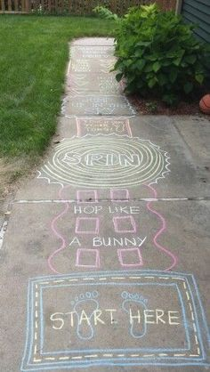 Fun Summer Games for Kids to Play Outdoors – Sidewalk Chalk – Summer Activities for Kids – Grandcrafter – DIY Christmas Ideas ♥ Homes Decoration Ideas Craft Activities, Babysitting Activities, Outdoor Activities For Preschoolers, Outdoor Toddler Activities, Easter Activities, Gross Motor Activities, Kids Summer Activities, Children's Day Activities, Nature Activities