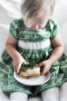 Z cyklu: Przepisy dla dzieci. Delikatne naleśniki z cielęciną | Make Cooking Easier