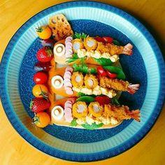 こいのぼり サンド - Google 検索 Fruit Salad, Pickles, Acai Bowl, Cucumber, Sushi, Waffles, Tacos, Meat, Chicken
