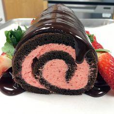 Chocolate-Strawberry Roll Cake