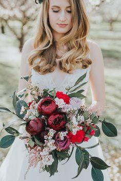 Sensational Bridal Bouquets | Chloe Tanner Photography