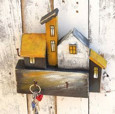 Wood Block Crafts, Wooden Crafts, Diy Wood Projects, Clay Houses, Miniature Houses, Decorative Household Items, Small Wooden House, House Template, Deco Boheme
