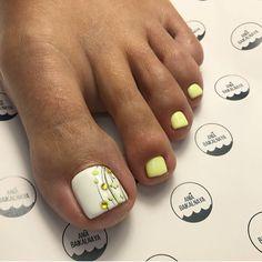 Pedicure Designs, Pedicure Nail Art, Toe Nail Designs, Toe Nail Art, Manicure And Pedicure, Pretty Toe Nails, Cute Toe Nails, Fun Nails, Lexi Nails