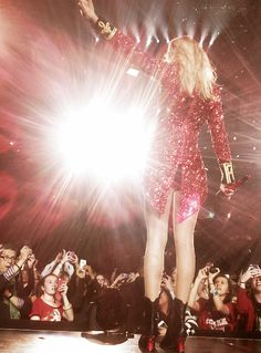 We Are Never Ever Getting Back Together - RED Tour