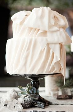 romantic, vintage, rustic, cake, cakes, dessert, favors, food, reception, ruffled, sweets, treats, white, winter, blush, galore, glam, pink, ranch, ruffles, sparkly, wedding, wed, New York