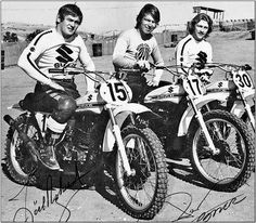 1972 Robert, DeCoster e Rahier. Roger and crew on factory machines