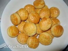 Fotorecept: Jednoduché bryndzové pagáče Russian Recipes, Pretzel Bites, Hamburger, Appetizers, Bread, Healthy, Food, Polish, Hampers