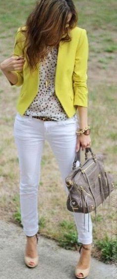 Moda Casual Femenina Ideas Blazers Ideas For 2019 How To Wear Belts, How To Wear White Jeans, Look Blazer, Casual Blazer, Casual Jeans, Dress Casual, Business Casual Jacket, Business Casual Outfits For Work, Business Mode