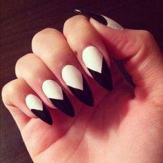 stiletto nails, designs, manicure, black and white French Nails Glitter, White Stiletto Nails, Pointy Nails, Black Nails, Pointed Nail Designs, Nail Art Designs, Nails Design, Rihanna Nails, Manicure E Pedicure