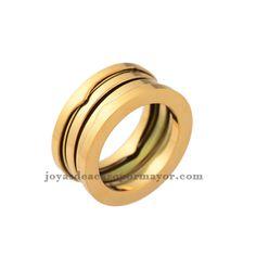 Disenno famoso, anillo dorado