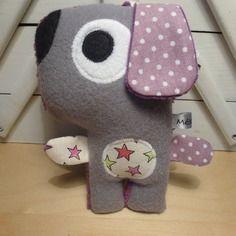 """Jouet d'éveil chien gris violet """"pouêt pouêt"""""""