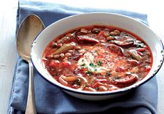 Fazolová polévka   Apetitonline.cz Bean Soup, I Love Food, Chili, Beans, Food And Drink, Cooking, Health, Recipes, Soups