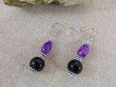 Boucles d'oreille violette bijoux femme boucle d'oreille perle de verre et fleur métal : Boucles d'oreille par artken6l