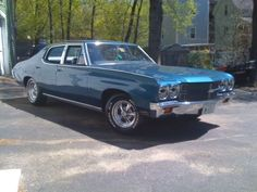 Old School Cars 1970 Chevrolet Chevelle Malibu To Bad Its A 4 Door But Still Nice