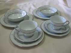 Noritake 10 pc dinner set for 2 in the Crestmont design. All 10 pieces are in veru good used condition. $75 + pp to Australia only.