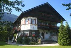 €90 Dieses familienfreundliche Gästehaus in Garmisch-Partenkirchen bietet einen großen Garten, kostenloses…